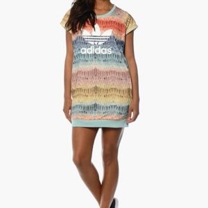 Adidas Menire multicolored T-shirt dress